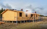 Двигается к завершению строительство коробки дома