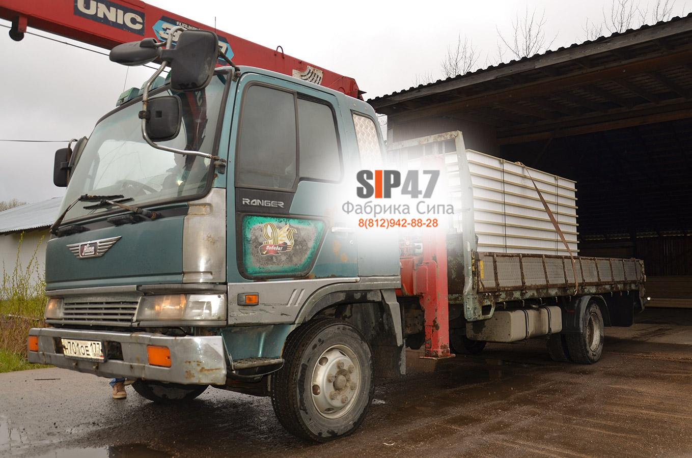 Доставка СИП-панелей из ЦСП на базу отдыха в Ленинградскую область