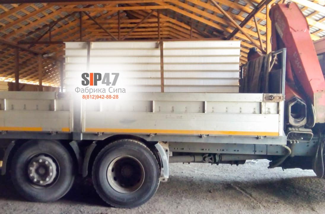 Доставка ЦСП-СИП-панелей в Гатчину