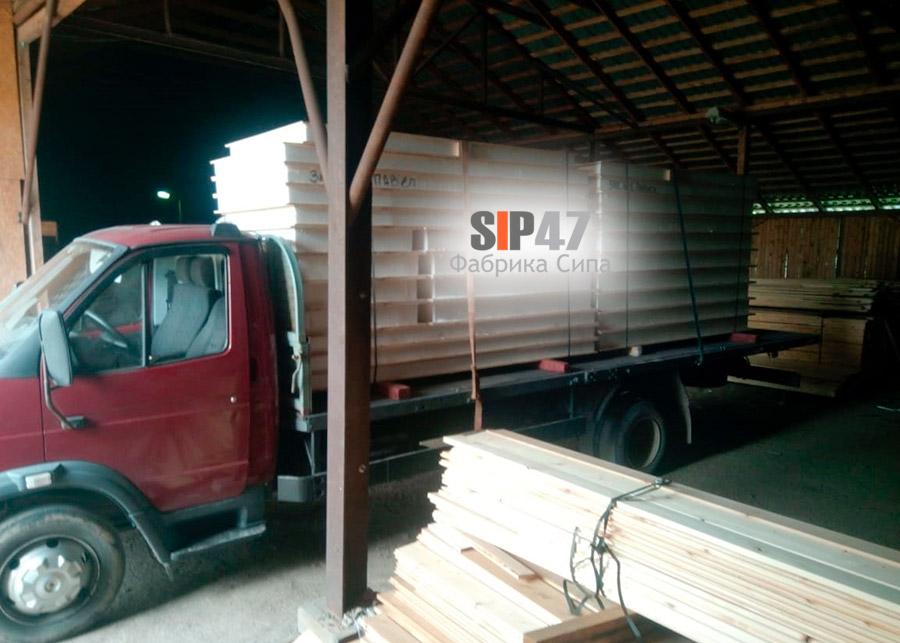 Отгрузка комплекта СИП-панелей и пиломатериалов
