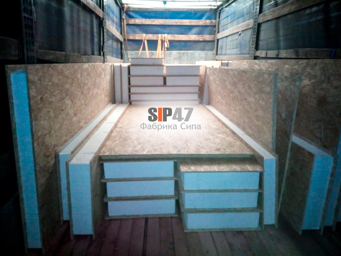 Отгружен комплект деталей выполненных из СИП-панелей