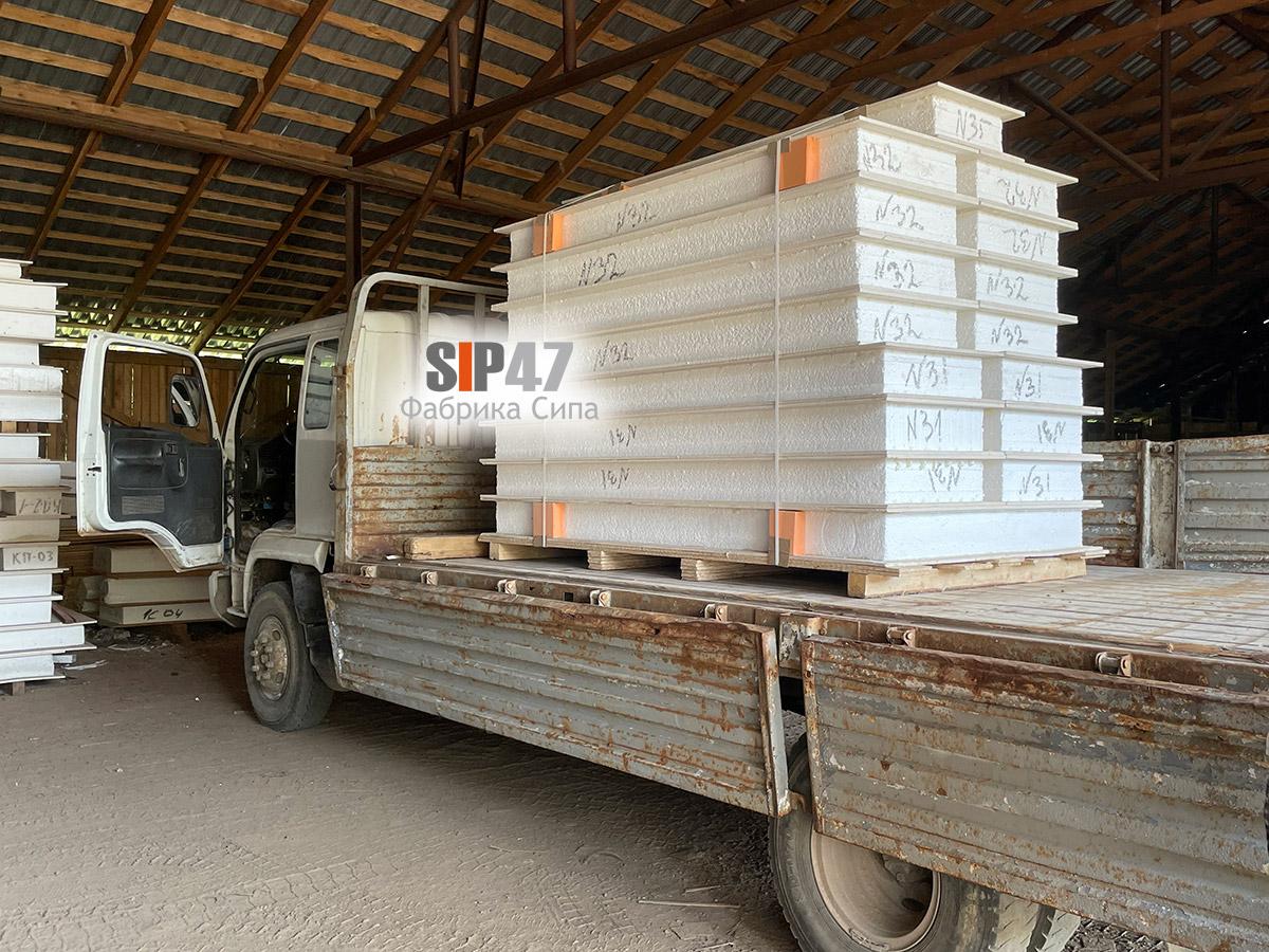 Доставка СИП-домокомплекта из СМЛ листов в посёлок Ропша